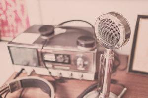 Foto-radio-e-microfono
